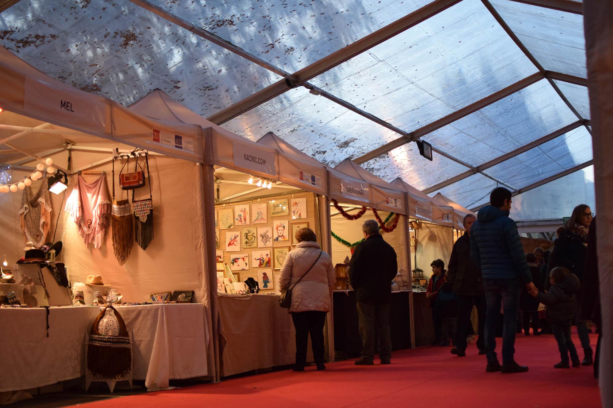 Carpa para Feria de Navidad en Huesca | ARACARPAS - Carpas para eventos y soluciones a medida