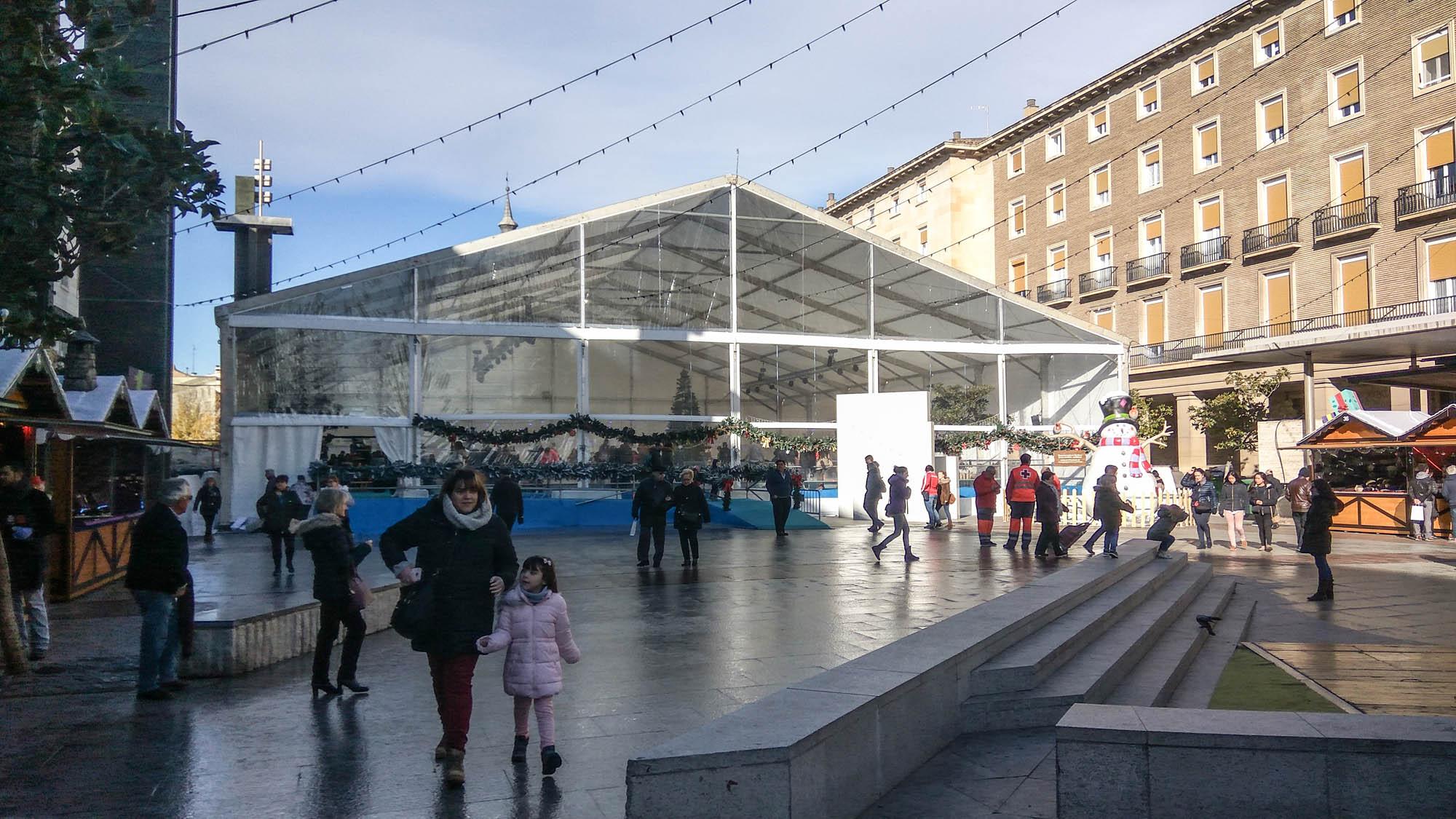 Carpa para pista de hielo en Zaragoza